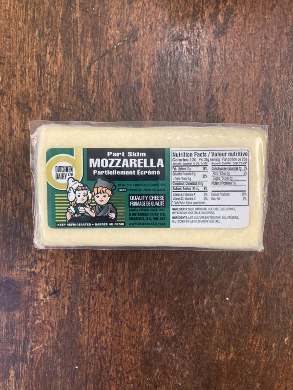 part skim mozzarella, D Dutchmen Dairy, Sicamous BC